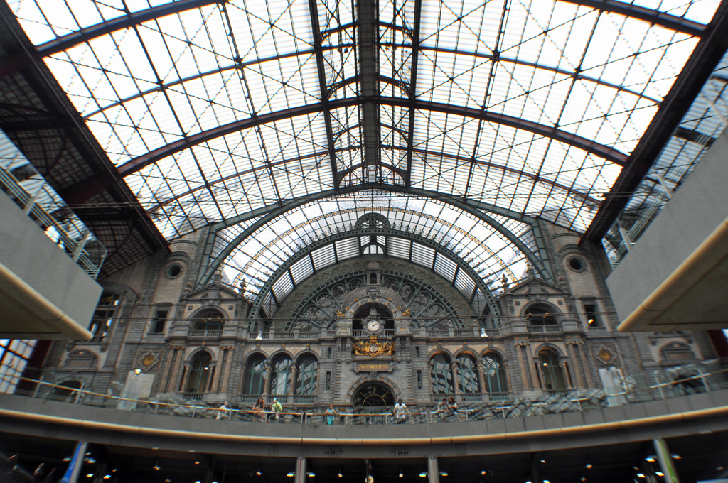 Antwerp Central Station - the most beautiful railway station inn Europe