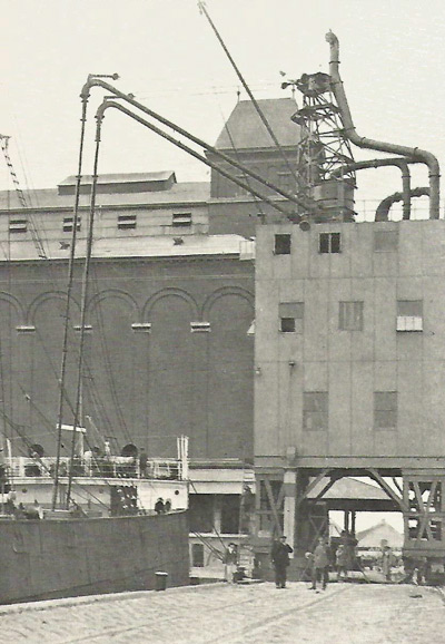 grain storage in the port of Antwerp